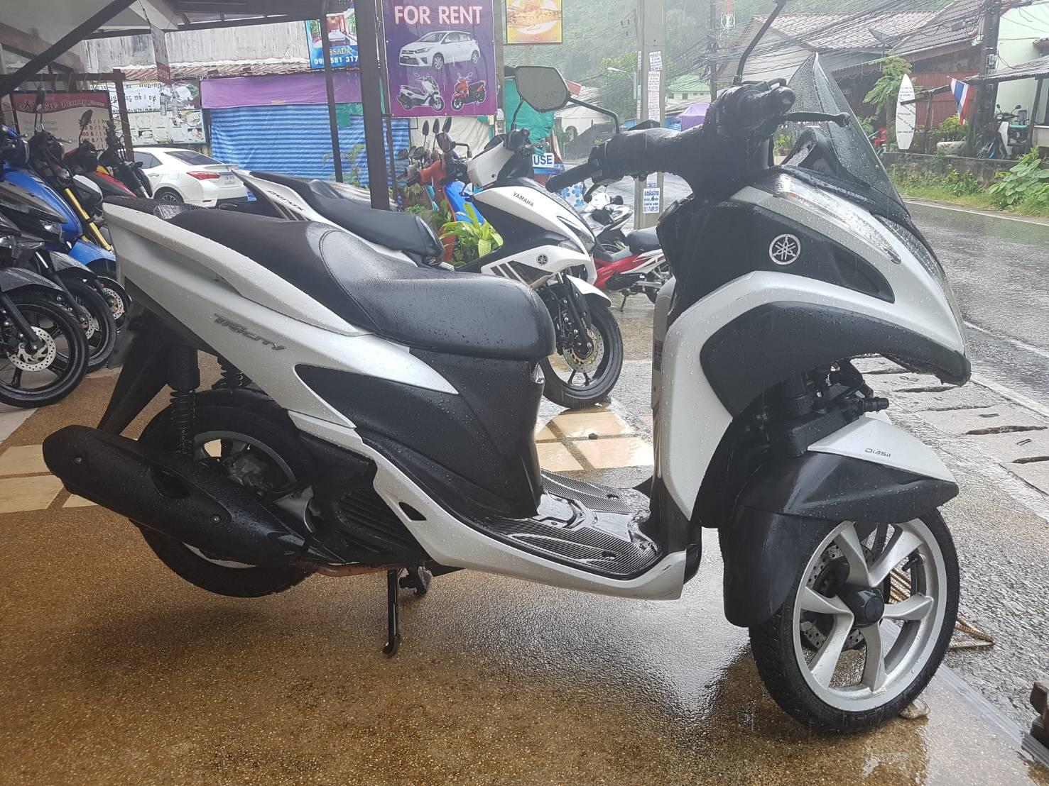 Yamaha Tricity 3 wheels Phuket, FREE delivery, insurance